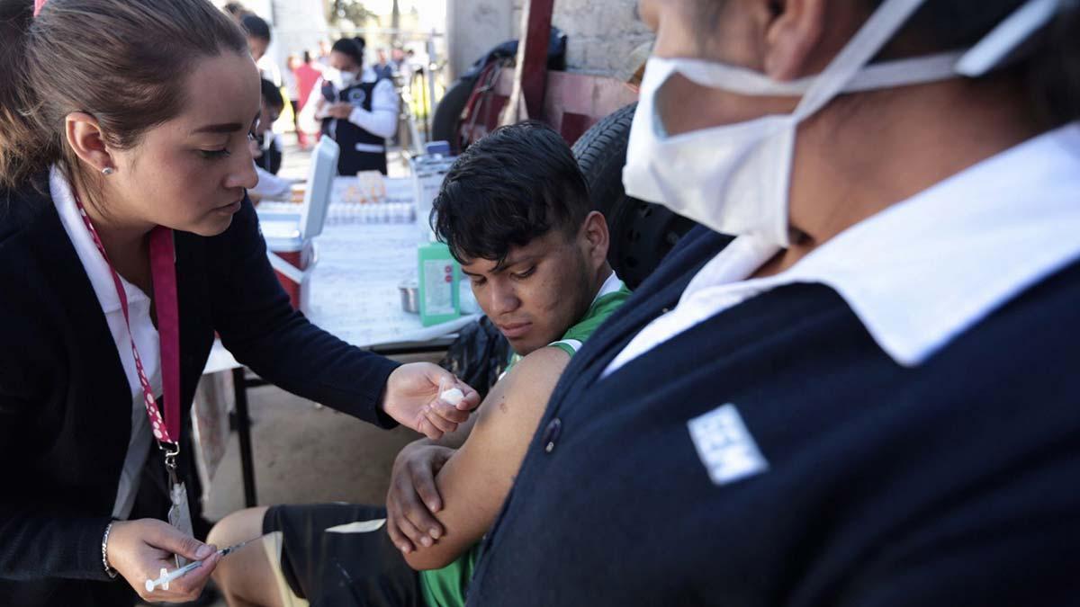 Vacunación contra la influenza inicia el 15 de octubre en CDMX
