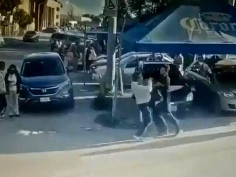 Video: Papá acecha a violador de su hija y lo mata de una puñalada