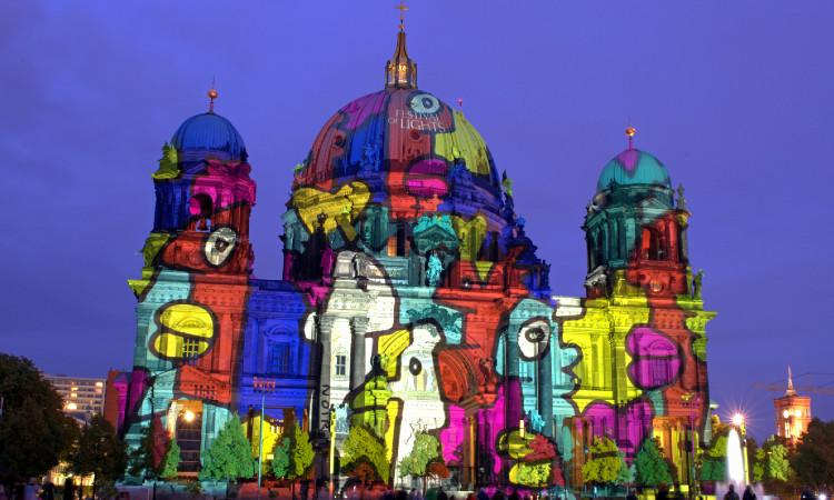 Berlín se llena de luz y color durante festival anual