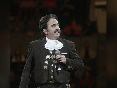 """Vicente Fernández Jr no es mi """"sugar daddy"""", asegura la """"Kardashian mexicana"""""""