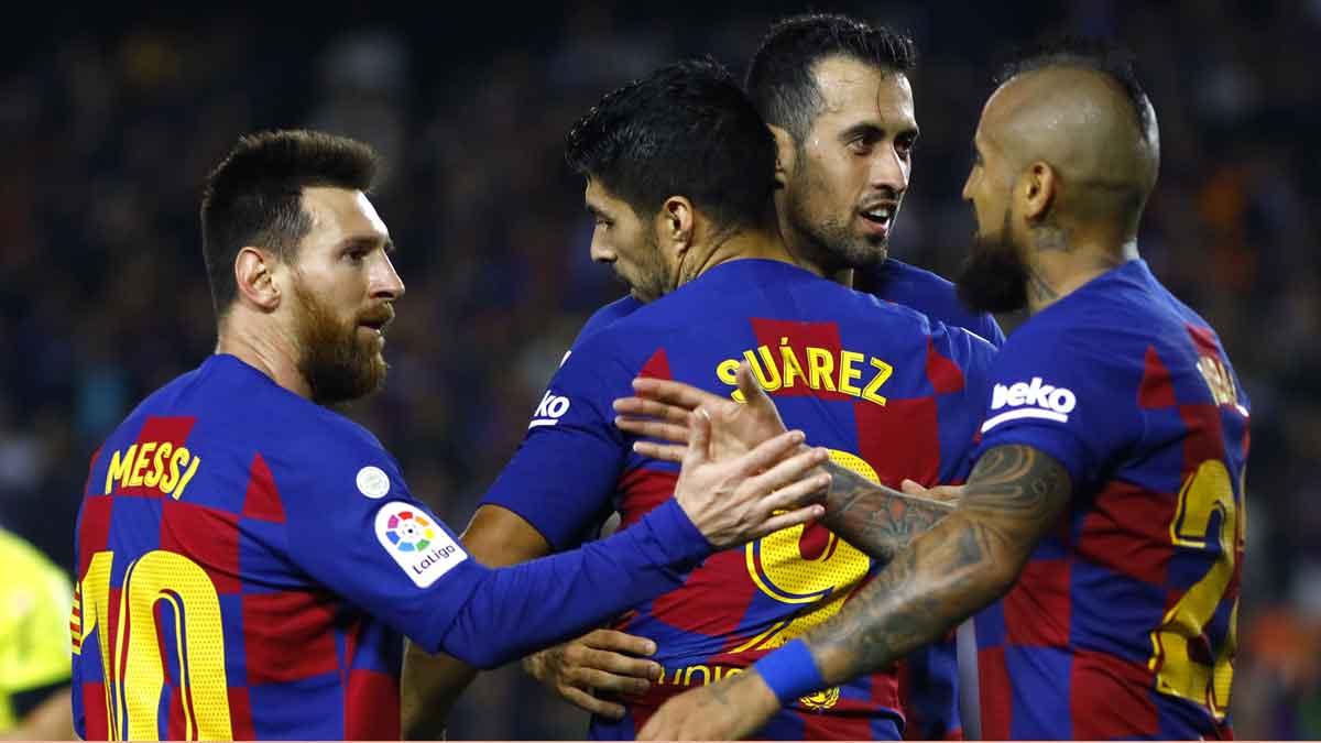 Leo Messi reacciona ante la salida de Suárez.