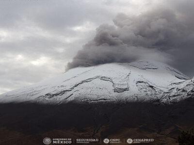 Popocatépetl amanece activo y con nieve este 16 de septiembre