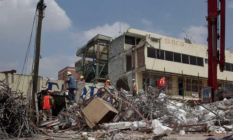 A las 13:14 horas de aquel 19 de septiembre de 2017 ante el sismo y por fallas estructurales, el Colegio Rébsamen se derrumbó.