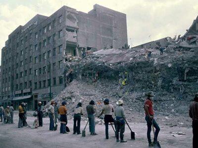 Los mexicanos se unieron para reconstruir el país.