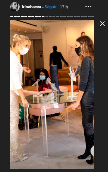 Irina Baeva de compras con Sarah Jessica Parker