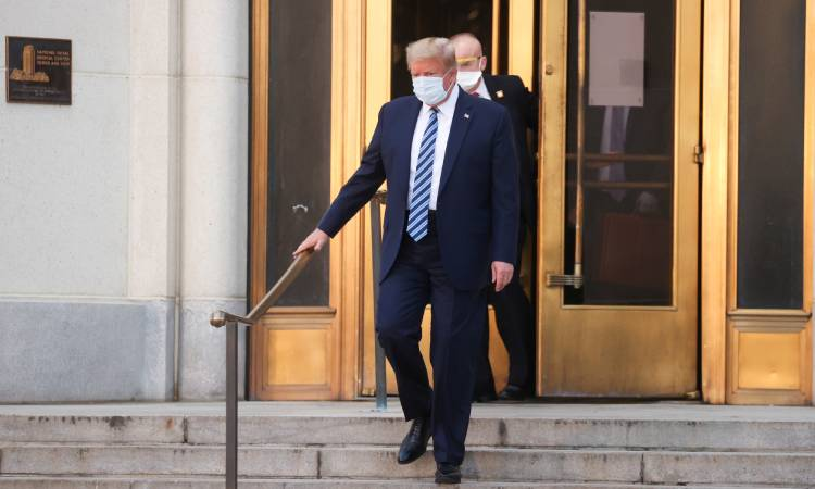 Hospital Donald Trump COVID-19
