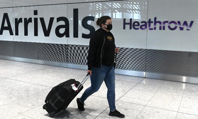 Aeropuerto de Heathrow deja de ser el mayor de Europa por COVID-19