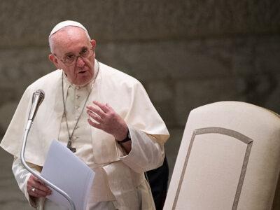 AMLO manda carta al Papa Francisco y destaca disculpas a indígenas