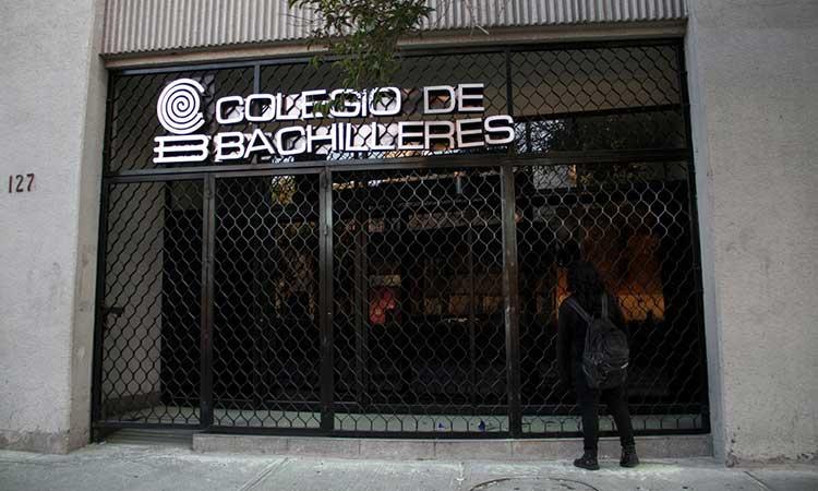 Colegio de Bachilleres investiga a maestro por violencia doméstica