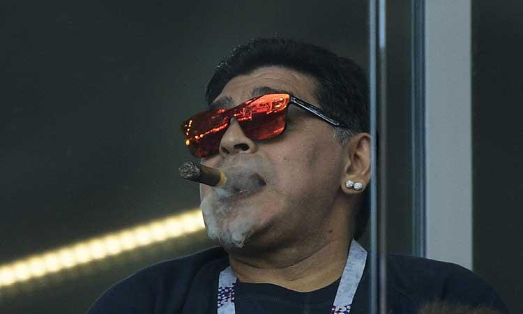 Maradona está en aislamiento por haber tenido contacto con alguien con coronavirus.
