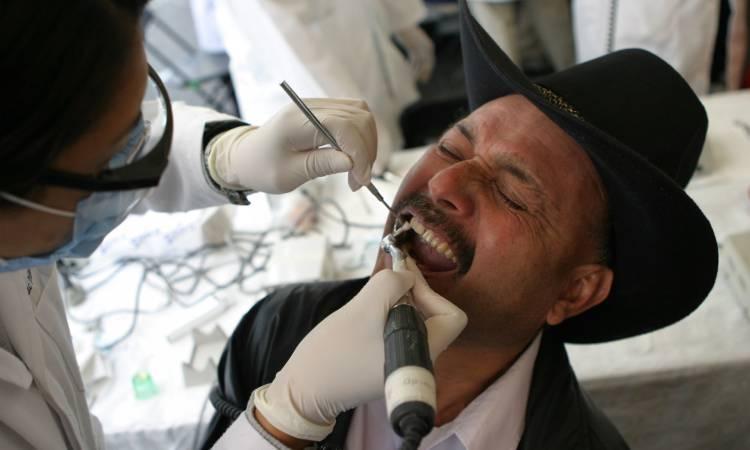 Inglaterra dientes pinzas