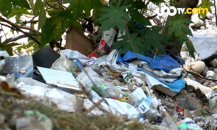 Tiran basura y cascajo en Presa Mixcoac; Uno TV recorrió el lugar