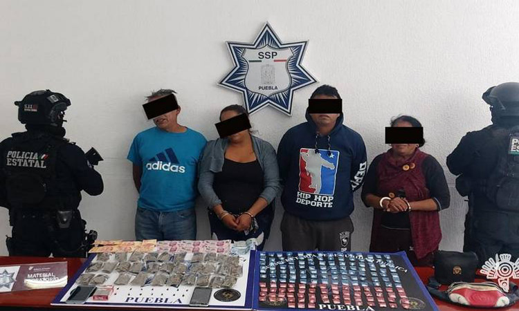 """En Puebla detienen a narcomenudistas de la """"Reina del Sur"""""""