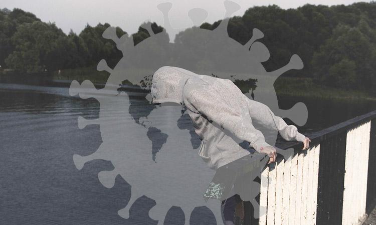 Estrés por COVID-19 podría haber disparado suicidios, dice experta