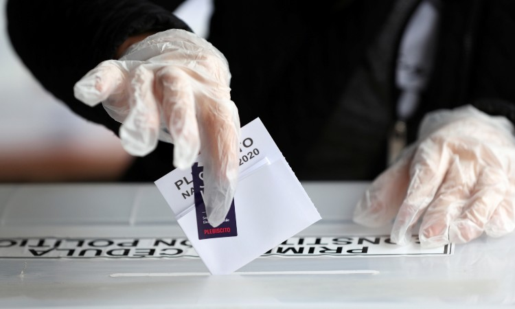 Chile vota este domingo para decidir si se cambia la Constitución