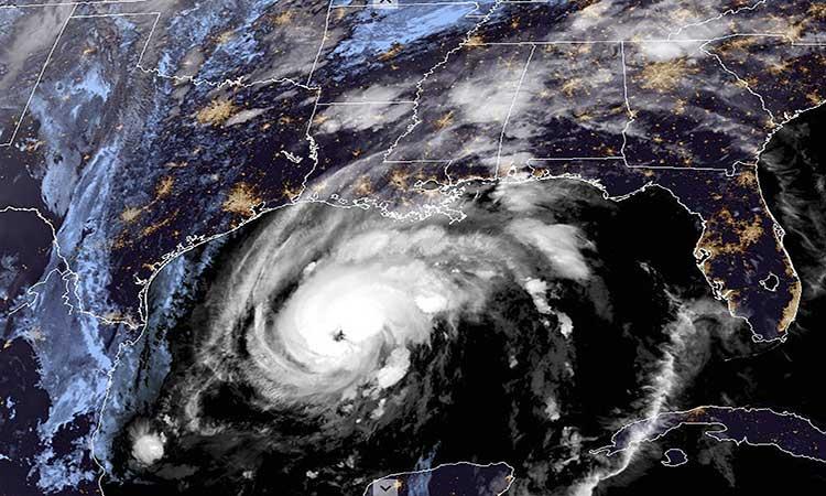 Zeta se fortalece a huracán; tocaría tierra en Luisiana este miércoles
