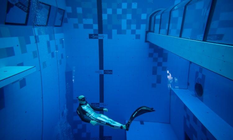 En Polonia, inauguran la alberca más profunda del mundo