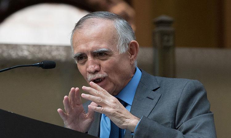 Alfonso Romo invita al gobierno federal a adoptar cultura de apresuramiento económico
