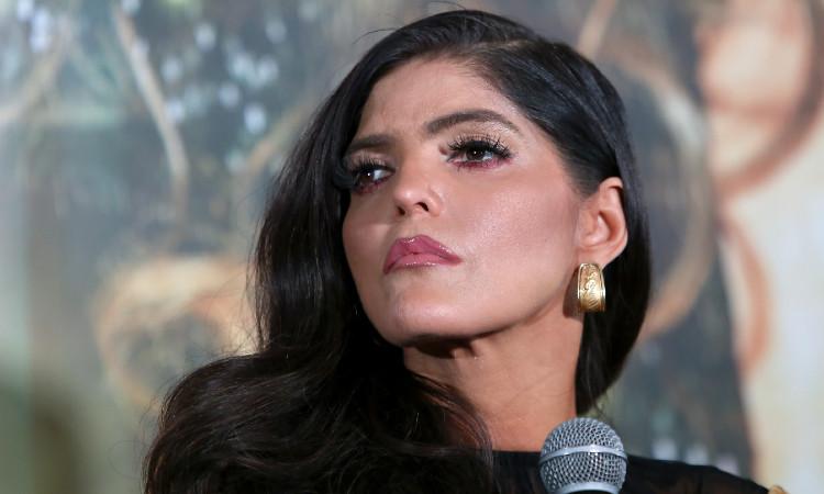 Ana Bárbara llora al recordar a su hermana Marissa, quien falleciera en 2001
