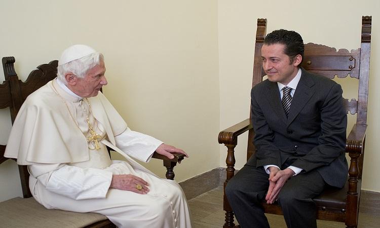 Benedicto XVI: muere mayordomo que lo traicionó