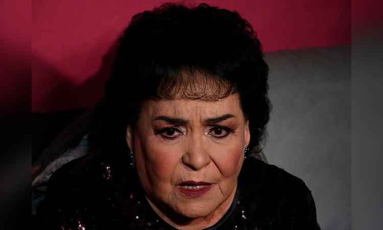 Carmen Salinas está de luto; muere su hermano de COVID-19