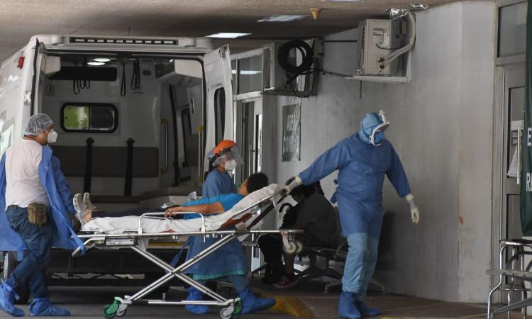 AMLO anuncia ampliación de convenio con hospitales privados para atender pacientes COVID-19