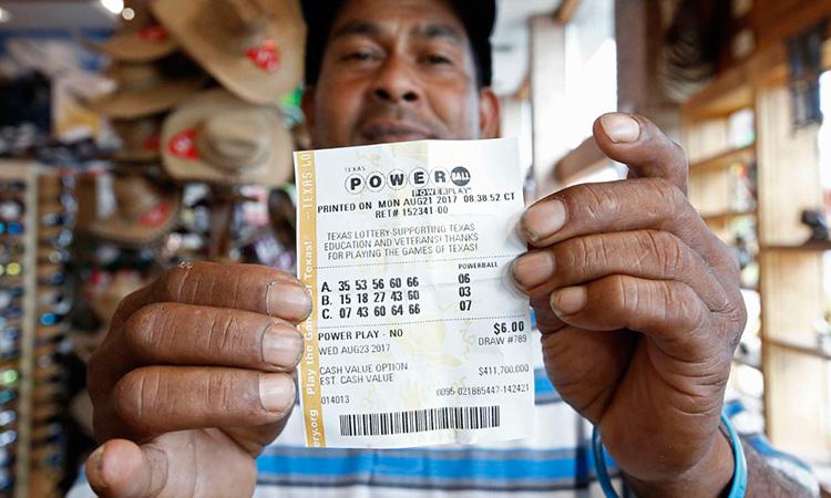 Mexicano Gana Loteria De Eu
