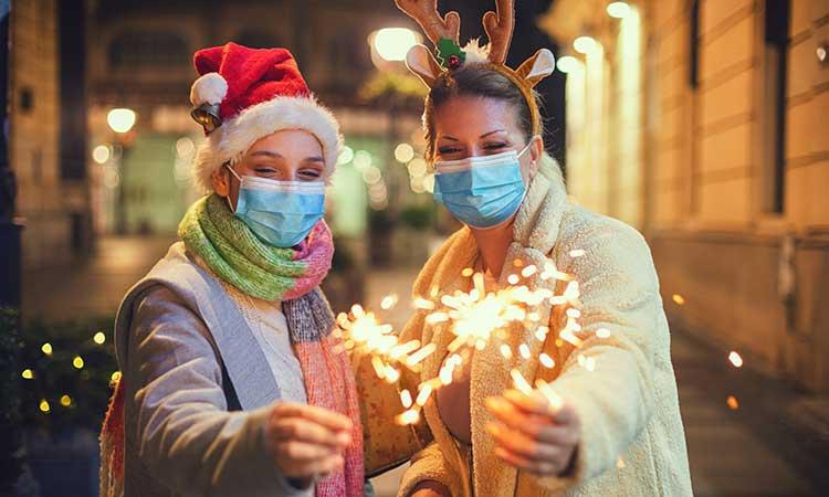 Iglesia pide mayor compresión ante el COVID-19, para no tener una navidad triste. Foto: Getty Images