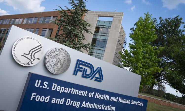 Estados Unidos aprueba uso de tratamiento de Regeneron contra COVID-19
