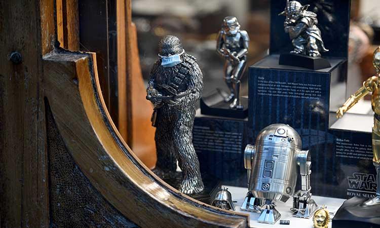 Pareja británica encuentra figuras de Star Wars; valen más de medio millón de dólares