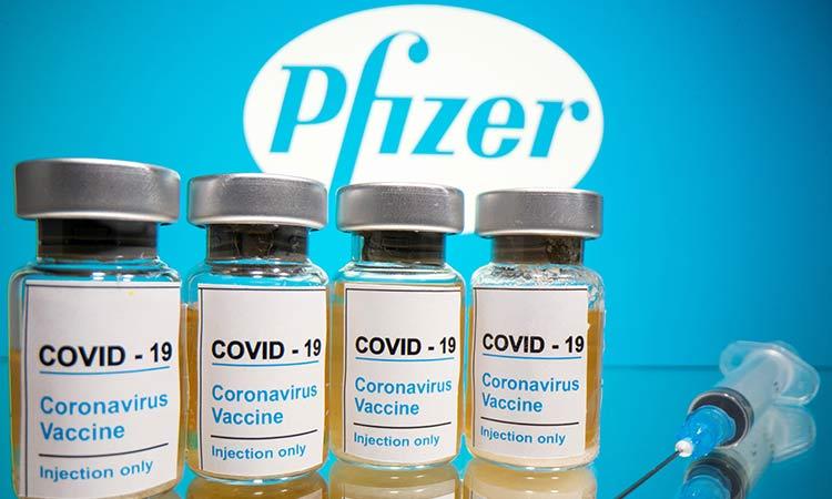 Vacuna Pfizer funciona al 90