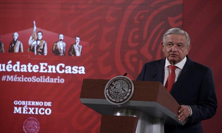 """""""No somos iguales""""; AMLO pide investigar contratos de su prima con Pemex"""