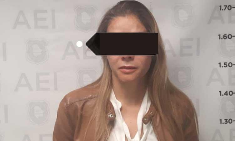 Chihuahua: Detenida por fraude millonario con guantes de látex