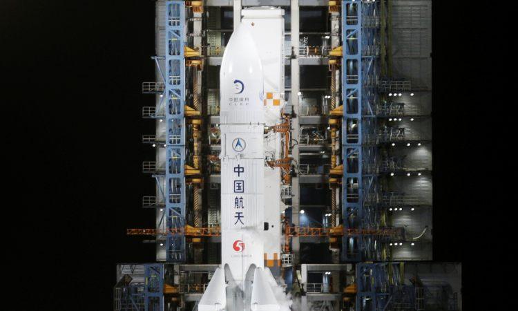 Sonda china con material lunar regresó a la Tierra