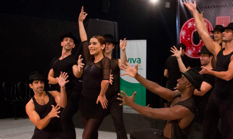 María León imita baile de Shakira y la colombiana reacciona
