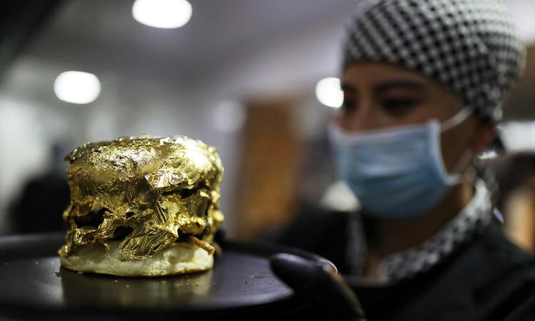 Crean hamburguesa con oro de 24 quilates en Colombia; este es su precio