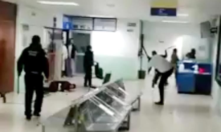 Se desata pleito en Hospital Regional de Tzompantepec, Tlaxcala