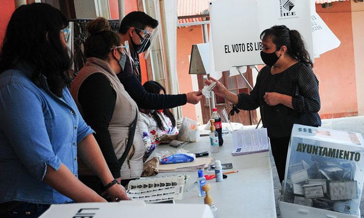 INE pide a AMLO no opinar sobre el proceso electoral