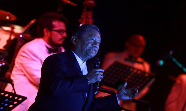 Armando Manzanero: Yucatán sube conciertos del artista a Youtube