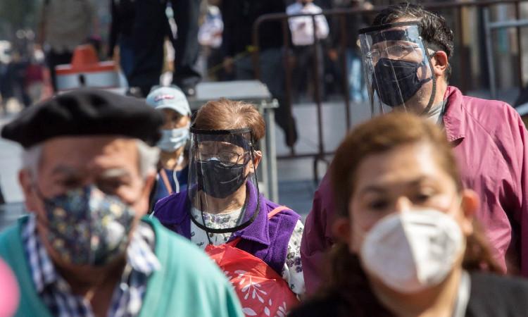 AMLO pide a mexicanos cuidarse durante próximos diez días para evitar contagios de COVID-19
