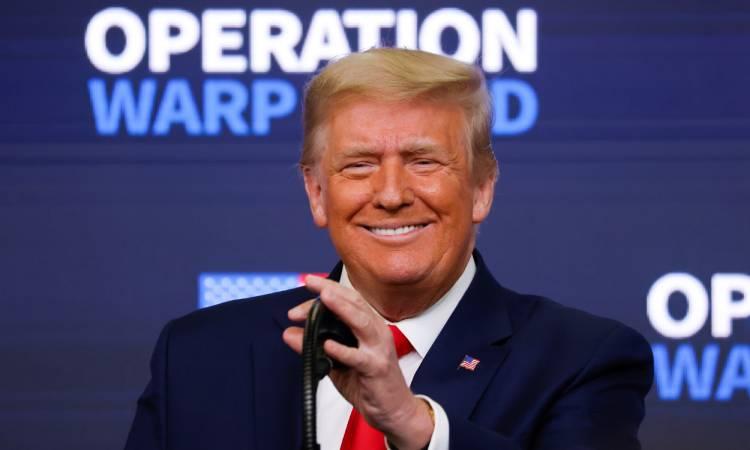 Donald Trump FDA vacuna COVID-19