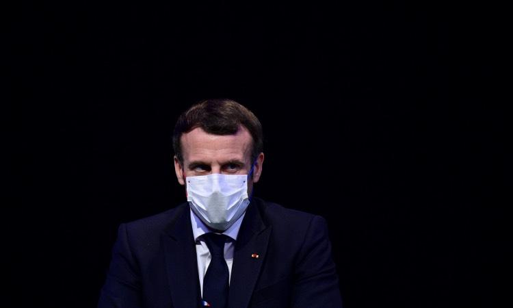 Macron COVID