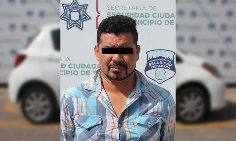 En Puebla, detienen a robacoches tras persecución