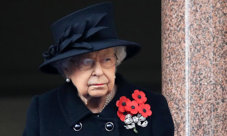Reina Isabel II recibiría vacuna de Pfizer en próximos días, según medios
