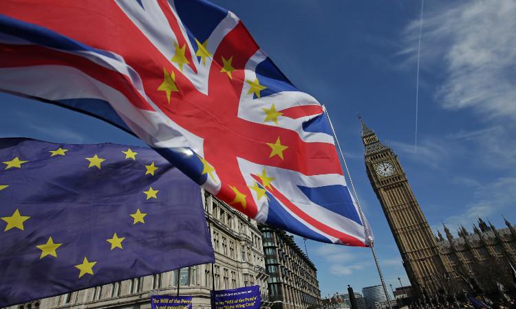Brexit: diputados de Reino Unido aprueban acuerdo comercial con la Unión Europea