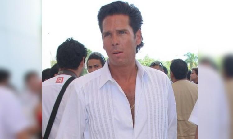 Roberto Palazuelos tulum