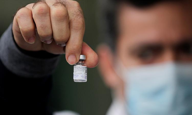 Puntos clave de la vacuna de AstraZeneca contra el COVID-19