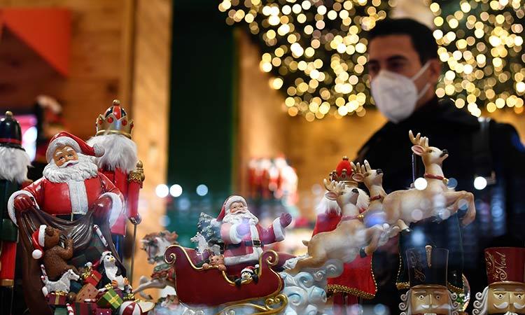 Le dicen adiós a la Navidad por COVID-19 en países europeos
