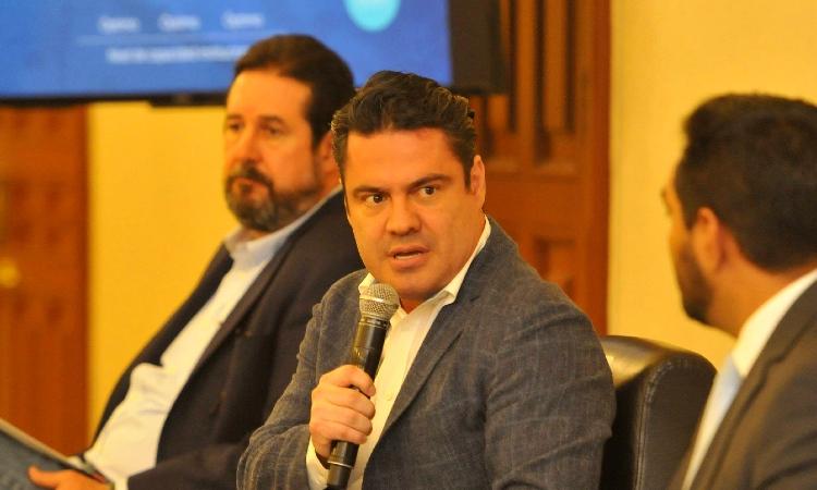 Aristóteles Sandoval: Limpian escena del asesinato de exgobernador