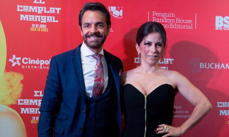 Eugenio Derbez juega broma a Alessandra Rosaldo y le llama Sandra